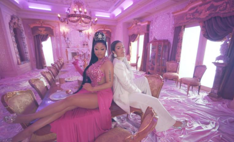 video Tusa de Karol G y Nicki Minaj